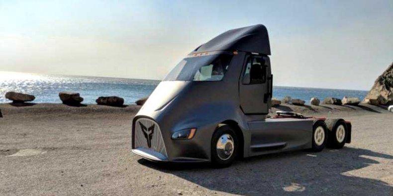 Thor Truck ET-One – w pełni elektryczny ciągnik siodłowy z Los Angeles (www.xostrucks.com)