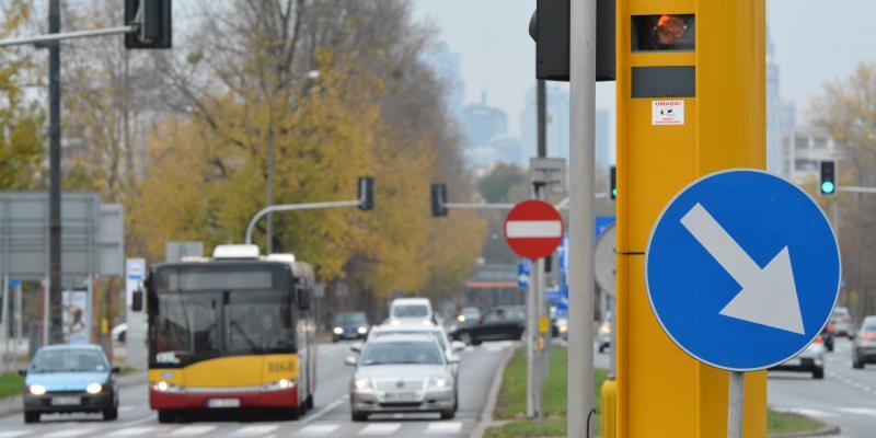 Fotoradar przy skrzyżowaniu ulic Sobieskiego, Witosa, i Sikorskiego - 8198 przekroczeń prędkości. Fot. GITD