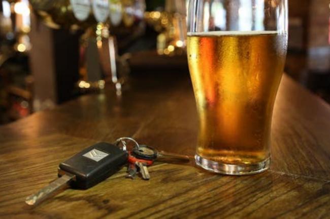 Piwo i kluczyki samochodowe - nie idą w parze