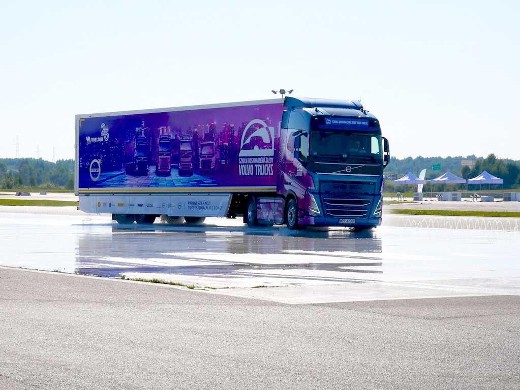 Volvo Truck na autodromie